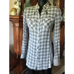 Armani Exchange zippered top